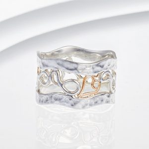 gold wire heart banded ring R731